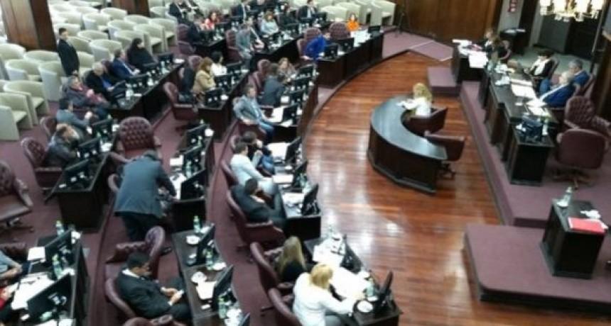 Las vueltas de la vida... del Presupuesto: Senado lo mandó a comisión