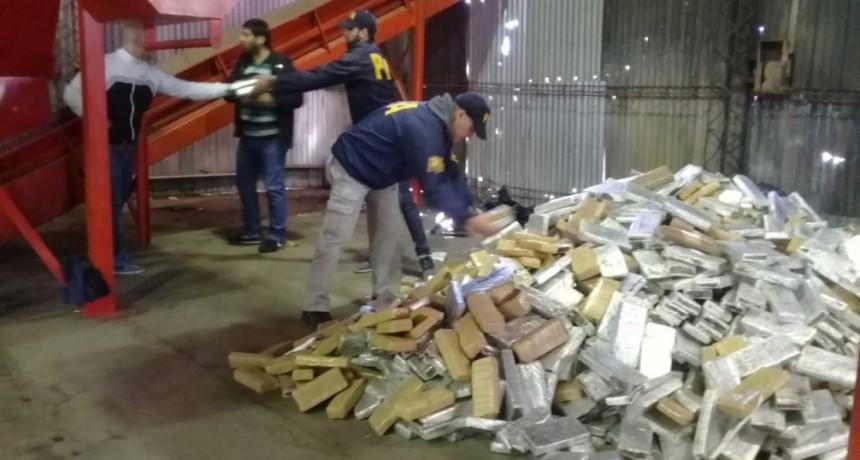 Quemaron más de 2500 kilogramos de marihuana en el Centro de Disposición Final