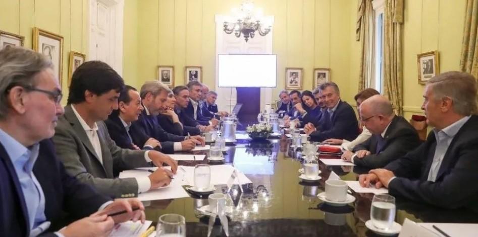 Macri junta al Gabinete por la transición y la futura oposición
