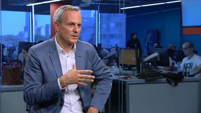Flybondi le exigió la renuncia a Julian Cook como miembro del directorio de la low cost