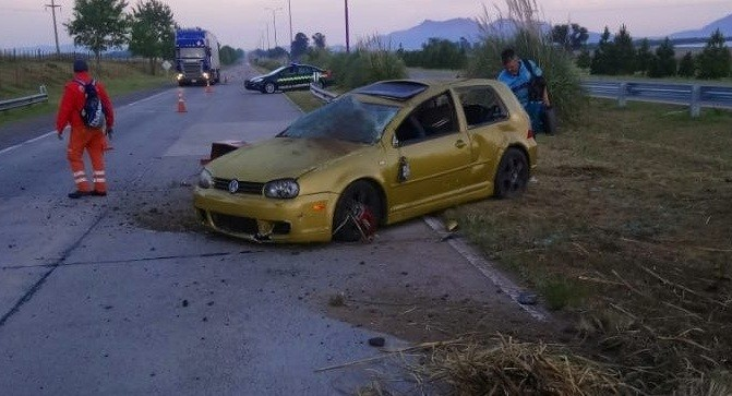 San Luis: un auto volcó en la Autopista de las Serranias Puntanas