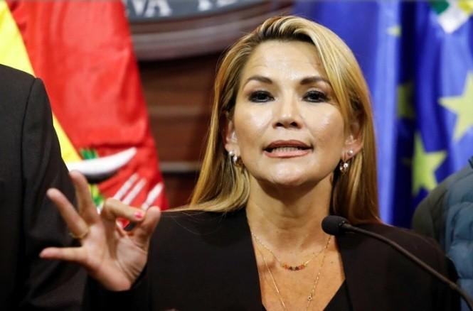 La senadora Jeanine Áñez asumió la presidencia provisional de Bolivia tras la renuncia de Evo Morales