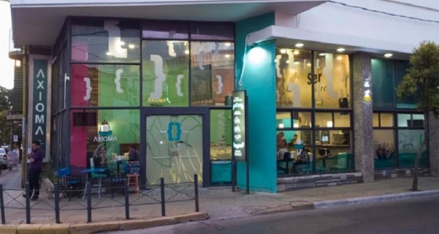 Axioma llevará su oferta a la escuela de oficios de la Municipalidad de Juana Koslay