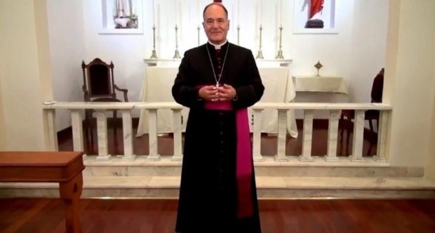 El obispo de San Luis prohibió la presencia de mujeres en los altares