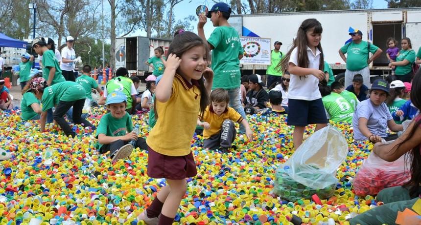Colecta récord de tapitas: más de 54 toneladas de material reciclable partieron rumbo al Garrahan