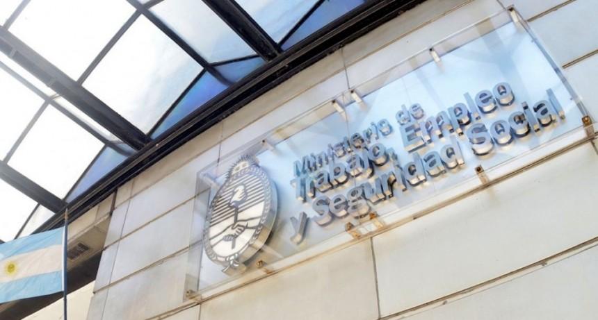 Alberto Fernández prometió que le devolverá a Trabajo el rango de ministerio