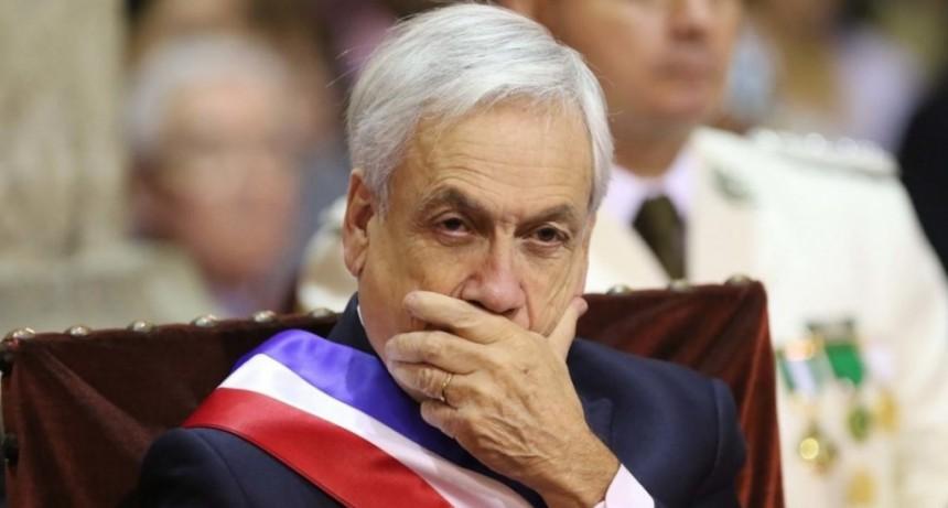 La Justicia admitió una demanda contra Piñera por supuestos crímenes de lesa humanidad