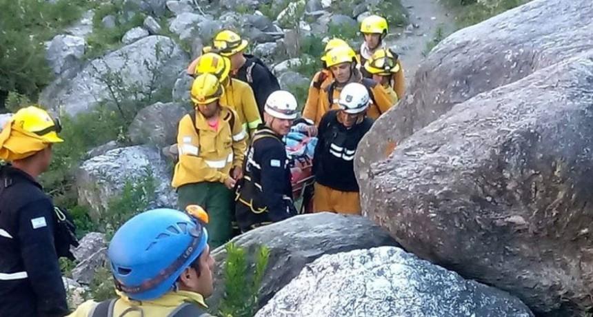 Merlo: rescataron a un hombre que se cayó en Pasos Malos