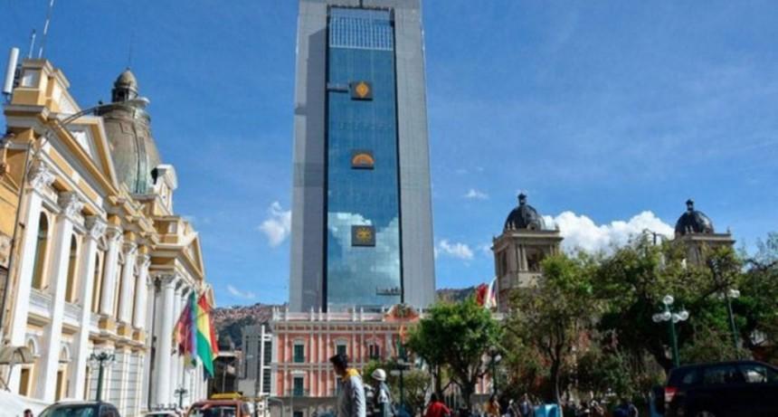 Sin presidente ni vice: ¿quién se quedará con el poder en Bolivia tras el Golpe?