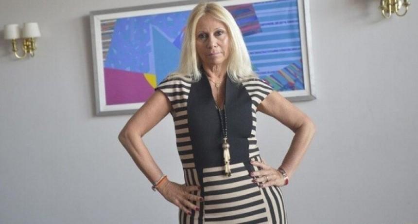 El Colegio de Abogados suspendió la matrícula de Ana Rosenfeld por un año por el caso Darthés: ella podría apelar