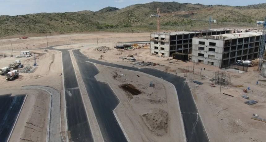 El Hospital Central de San Luis ya tiene una red de caminos internos