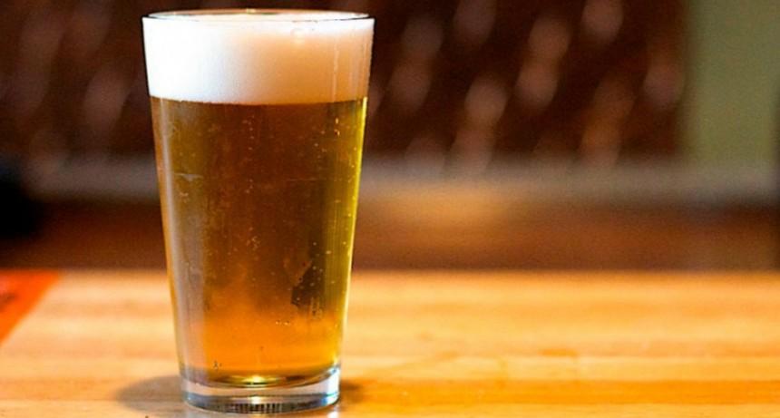 La Anmat prohibió la venta de una cerveza