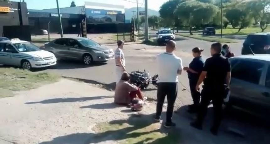 San Luis: dos autos y una moto protagonizaron un choque en cadena