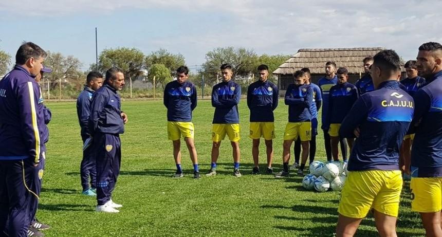 Con DT interino, Juventud va por la recuperación en su visita a Deportivo Madryn