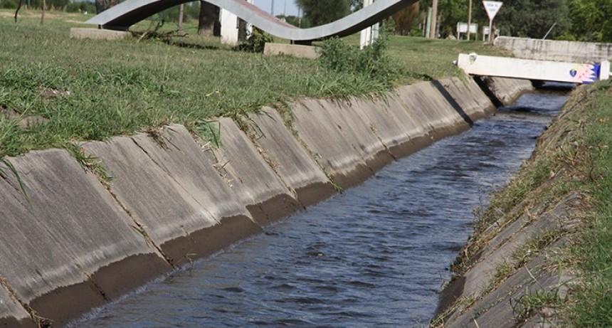 ¿Cuál es la diferencia entre el agua cruda y el agua potable?