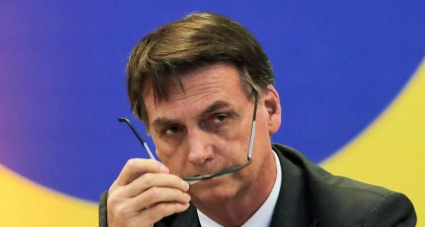 Bolsonaro permite la libre posesión de armas
