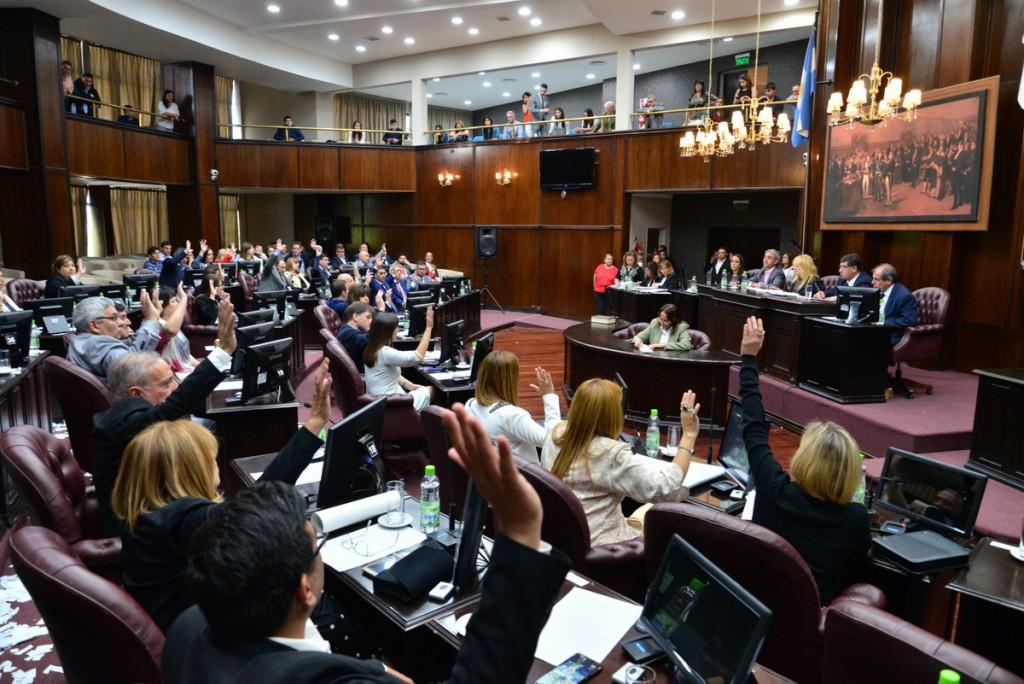 Juraron los nuevos diputados provinciales: Juan Carlos Eduardo fue elegido presidente