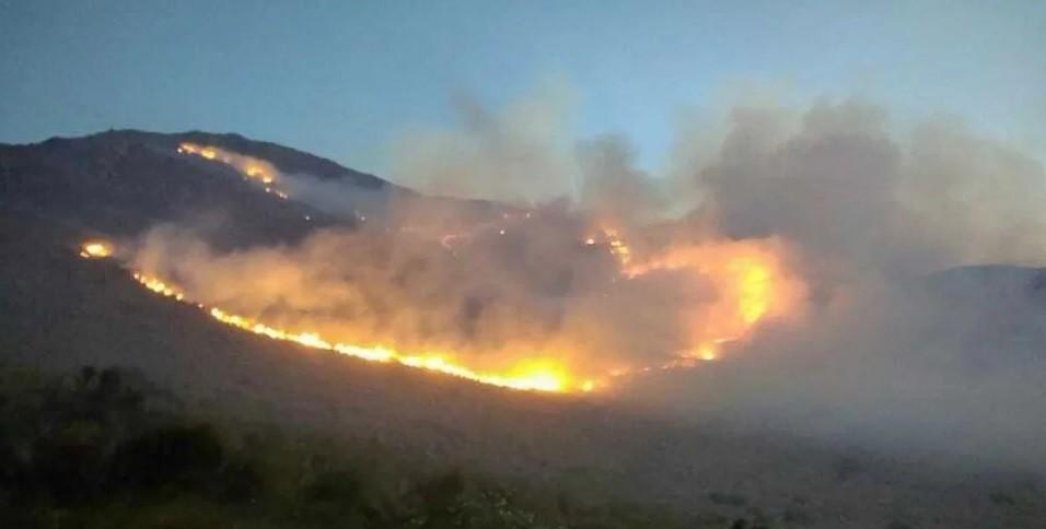 Varias provincias afectadas por incendios forestales