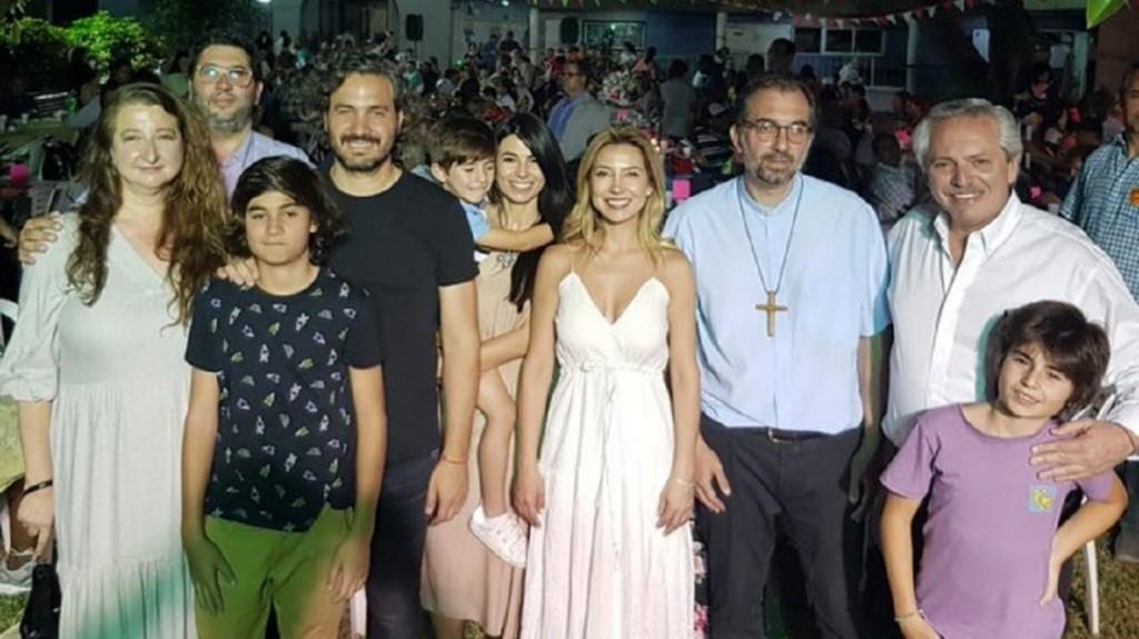 Alberto Fernández recibió la Navidad en San Cayetano