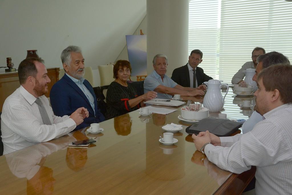 El gobernador recibió al Colegio de Abogados de Villa Mercedes