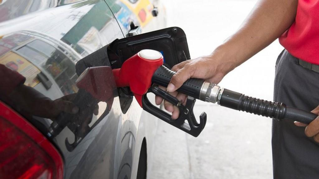 El Gobierno suspendió el aumento en las naftas hasta febrero de 2020