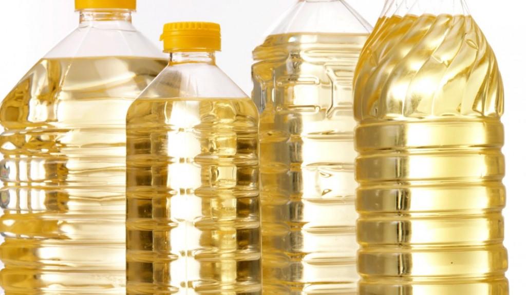 La ANMAT prohibió el uso y la comercialización de dos aceites de girasol y varios productos médicos