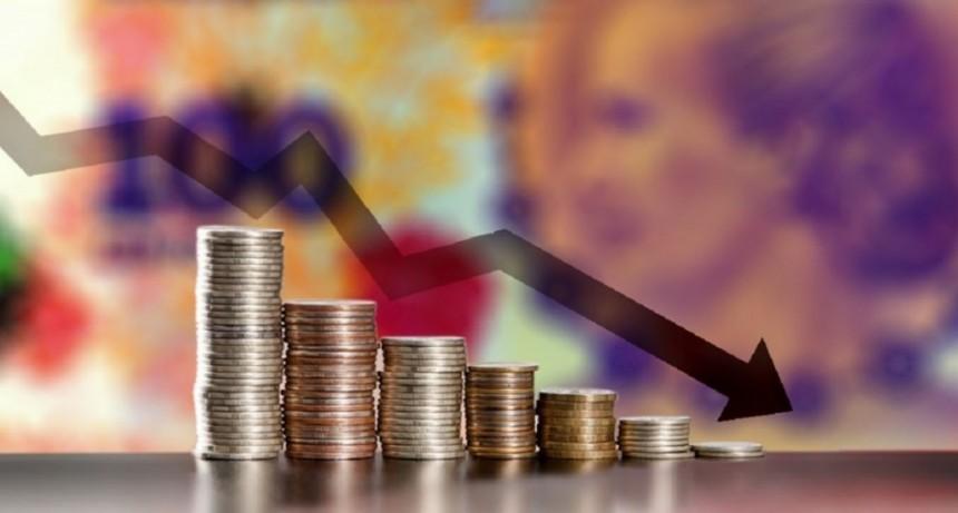Fuerte pérdida del poder adquisitivo en septiembre: salarios aumentaron la mitad que la inflación