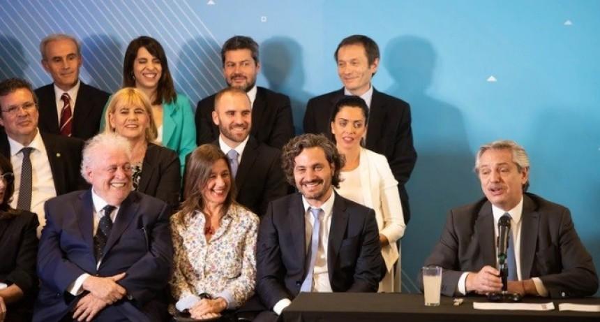 Alberto Fernández reveló que prorrogará el presupuesto y dio detalles de la convocatoria a Martín Guzmán para el Gabinete