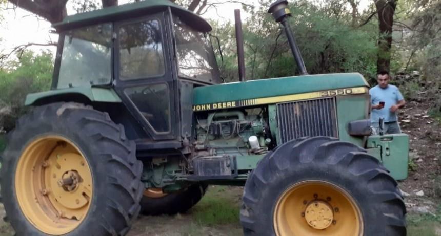Balde de la Isla – El Trapiche: recuperaron una retroexcavadora y un tractor robados