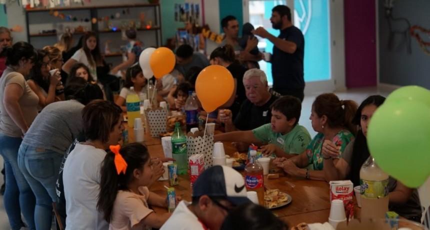 """El Centro de Equinoterapia de """"La Pedrera"""" cerró el ciclo 2019 celebrando con sus jinetes y amazonas"""
