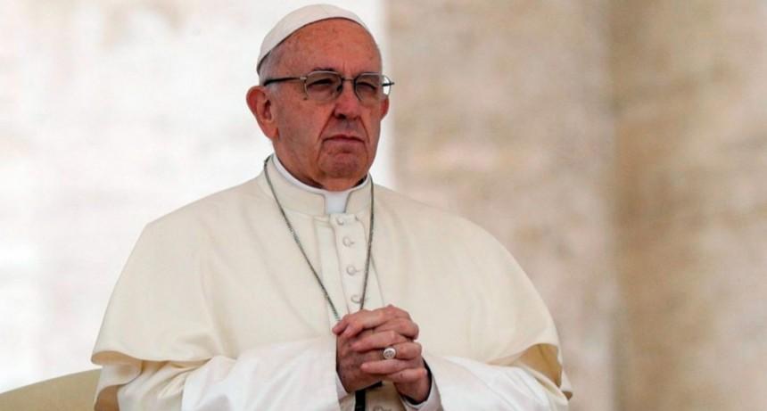 El papa Francisco ordenó eliminar el secreto pontificio para los casos de pederastia