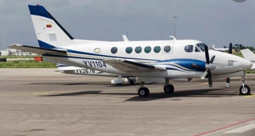Se estrelló un avión privado cuando llegaba a Caracas con empresarios y modelos a bordo