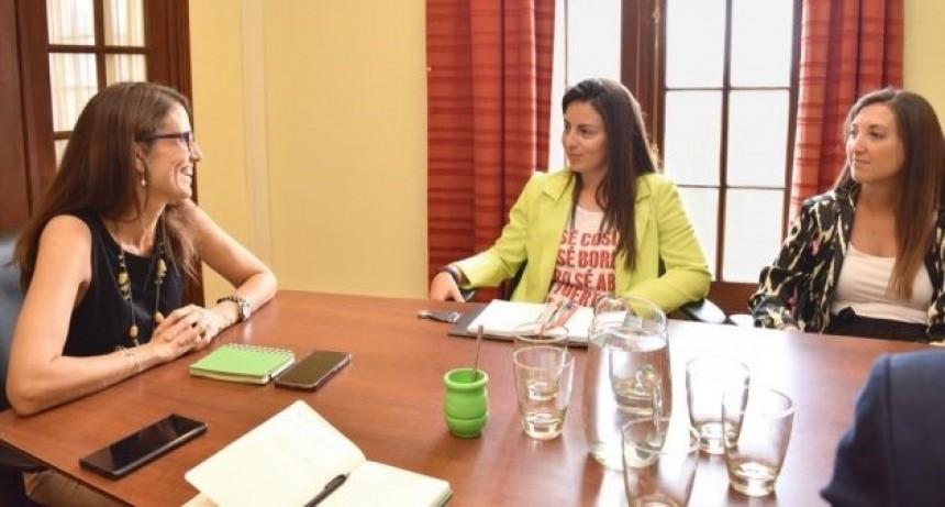 Mazzina y Catalfamo se reunieron con la ministra de las Mujeres, Géneros y Diversidad