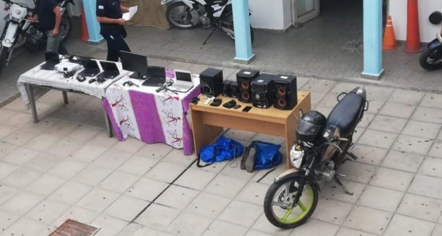 San Martín: la Policía recuperó los bienes sustraídos, secuestró armas de fuego y detuvo a dos hombres