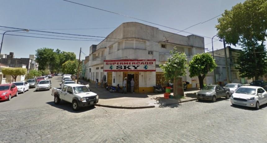 Hallaron degollados a tres ciudadanos chinos en un supermercado de Junín