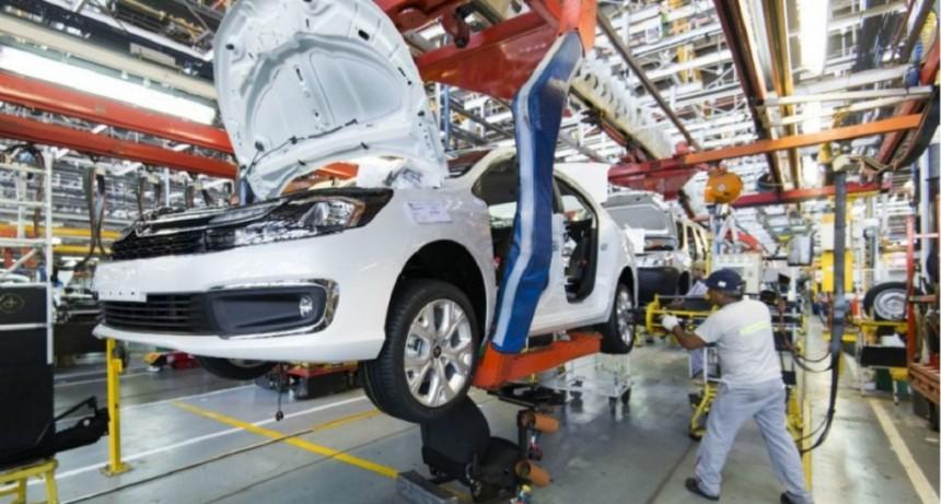 La producción de autos cayó más de 48% en 2019: fue el menor nivel de los últimos 10 años