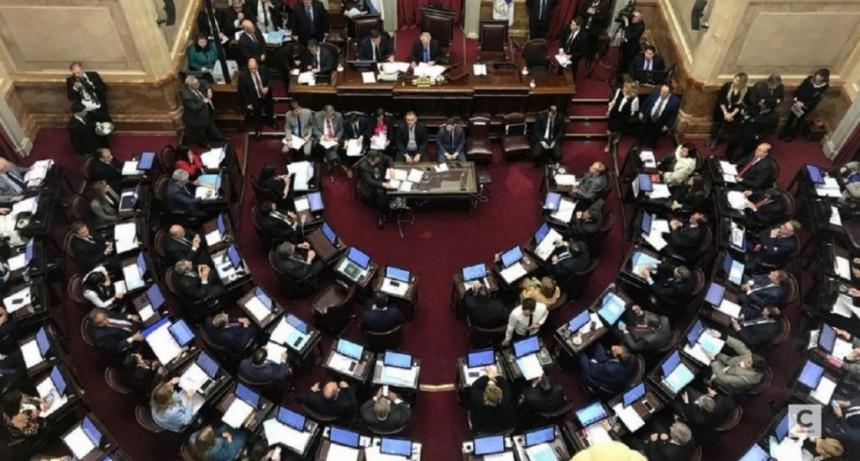 El Senado sancionó por unanimidad la ley contra el acoso callejero