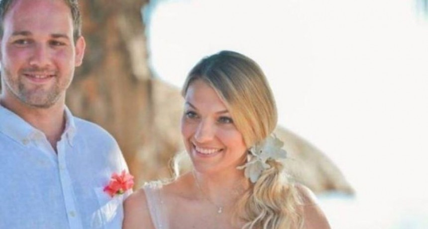 Una novia se estresó tanto con su boda que se quedó pelada
