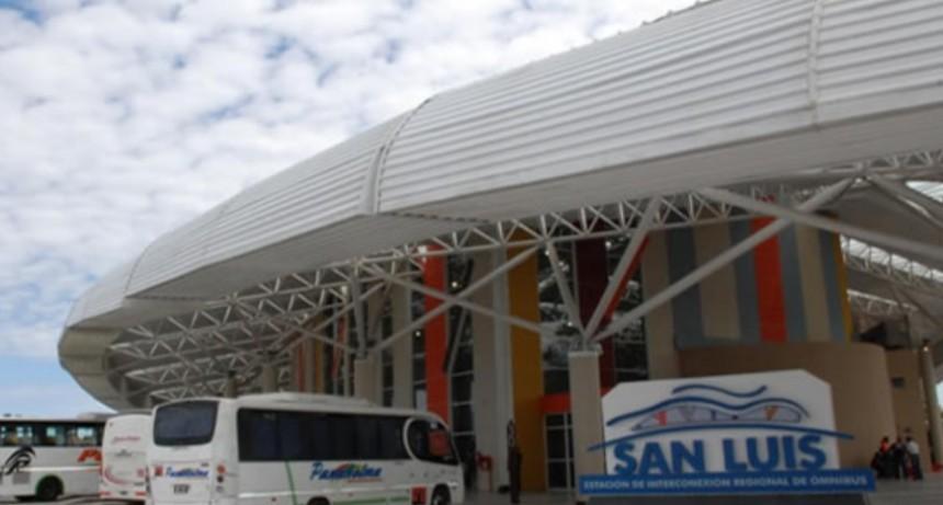 San Luis: Policías de la EDIRO devolvieron dinero y documentación extraviada