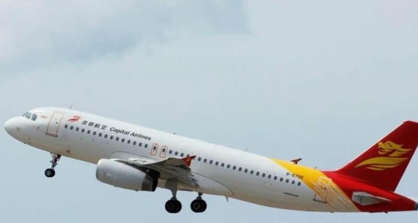 Impactante video: viento sacudió avión que aterrizaba en aeropuerto