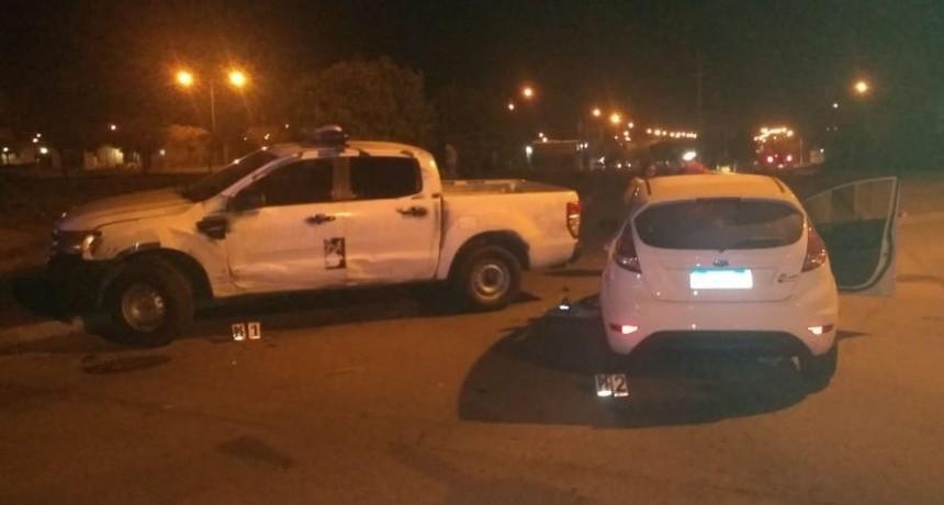 San Luis: un joven conductor chocó a bordo de su auto con un móvil policial
