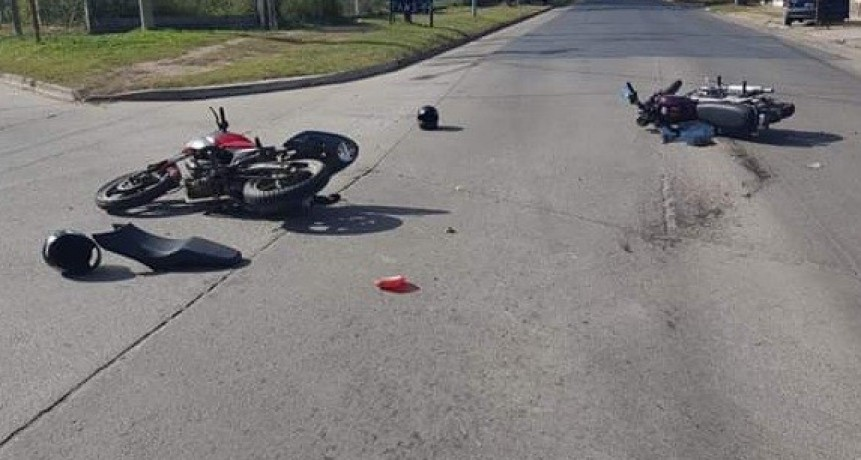 Villa Mercedes: dos motos chocaron en la Avenida Hilario Cuadros