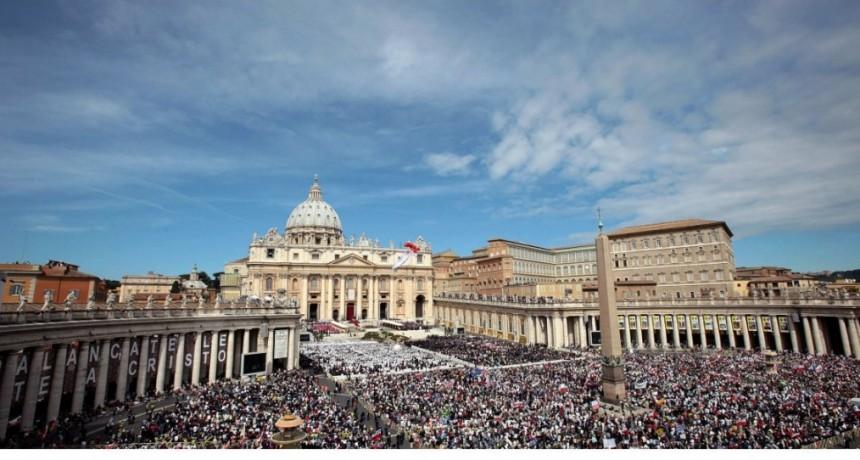 El Vaticano califica como ideología al género y lo acusa de aniquilar la naturaleza