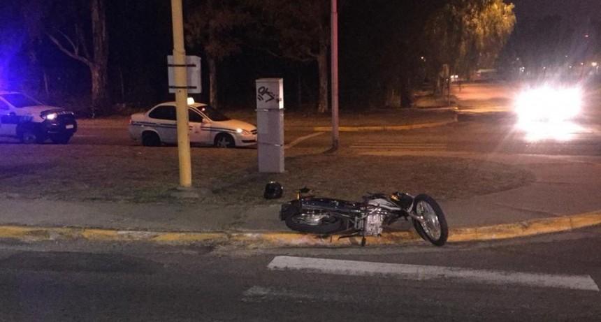 San Luis: un taxi y una moto chocaron en la Avenida Presidente Perón