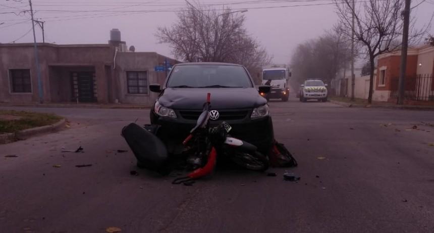 San Luis: fuerte accidente; un motociclista resulto herido luego de chocar con un auto