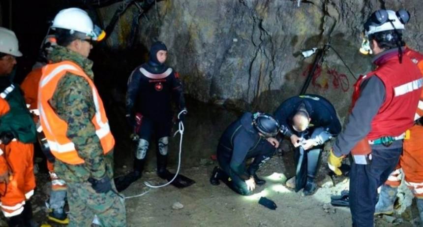 Chile, otra vez en vilo por mineros: tres hombres están atrapados a 70 metros de profundidad