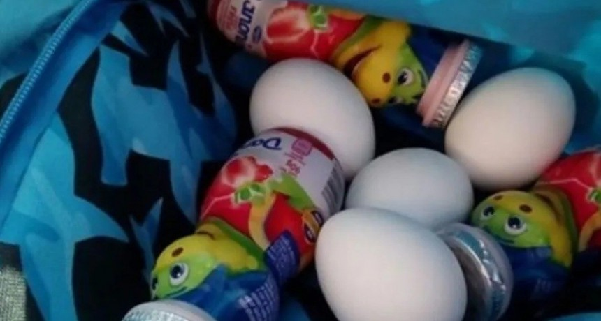 Conmovedor: llevó huevos y yogur al jardín para amiguito que no tenía para comer