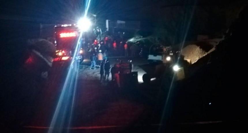 Rescataron a uno de los tres mineros atrapados en Chile: otro de ellos murió