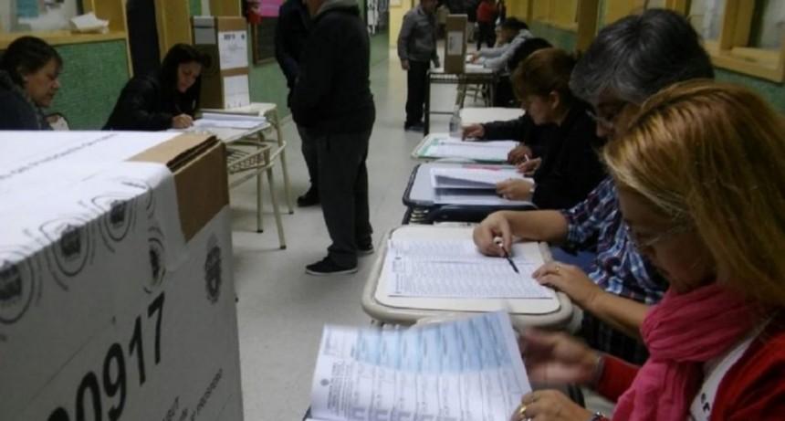 El mapa electoral argentino se tiñe de peronismo, a dos meses de las PASO