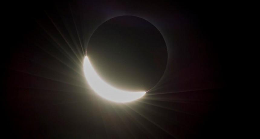 Un eclipse solar total que podrá verse en el centro de la Argentina